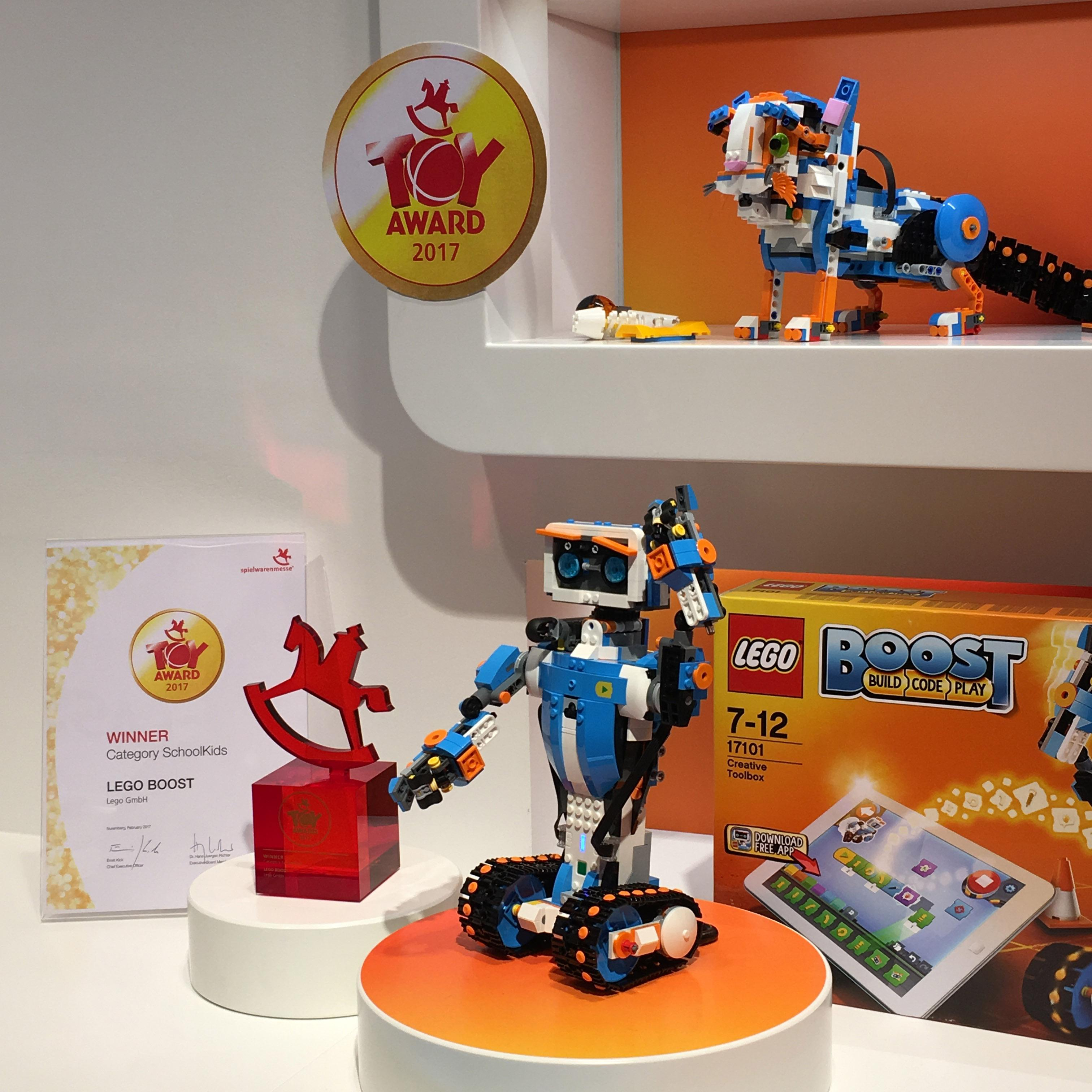 LEGO BOOST Toy Award Spielwarenmesse 2017 2